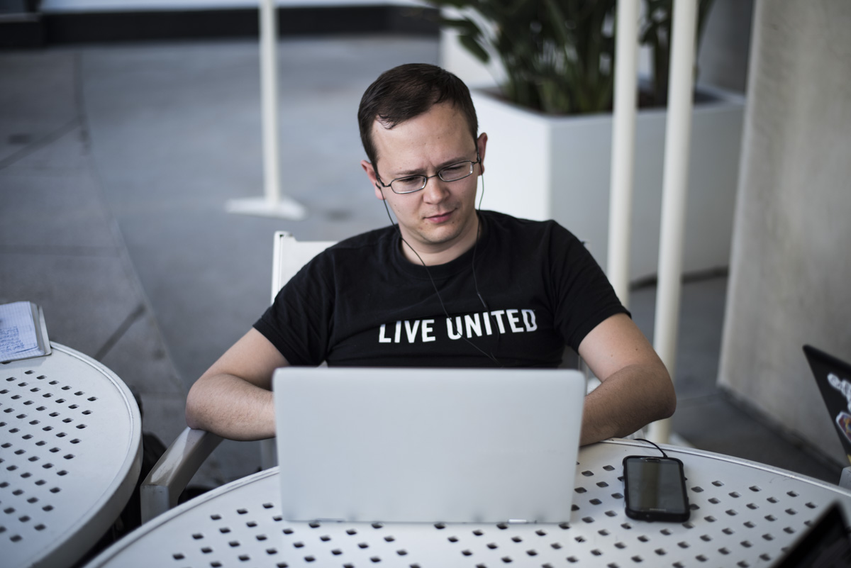 Writing his 24-hour story