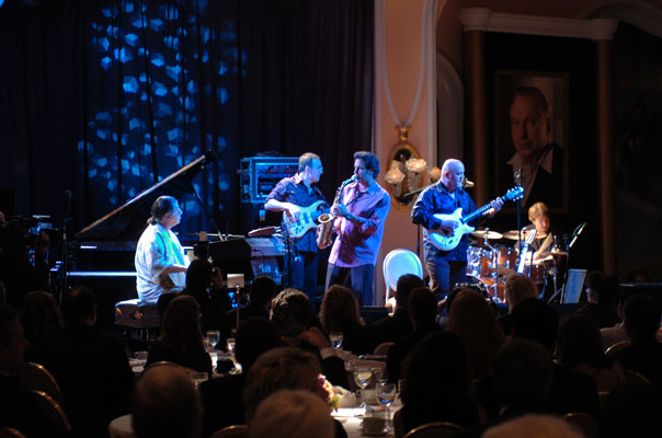 Chick Corea and his band.